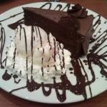 Tarta de chocolate con helado